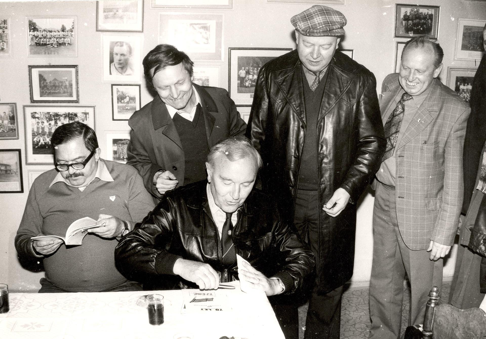 EME-SPARTA-1984-trener-Jezek